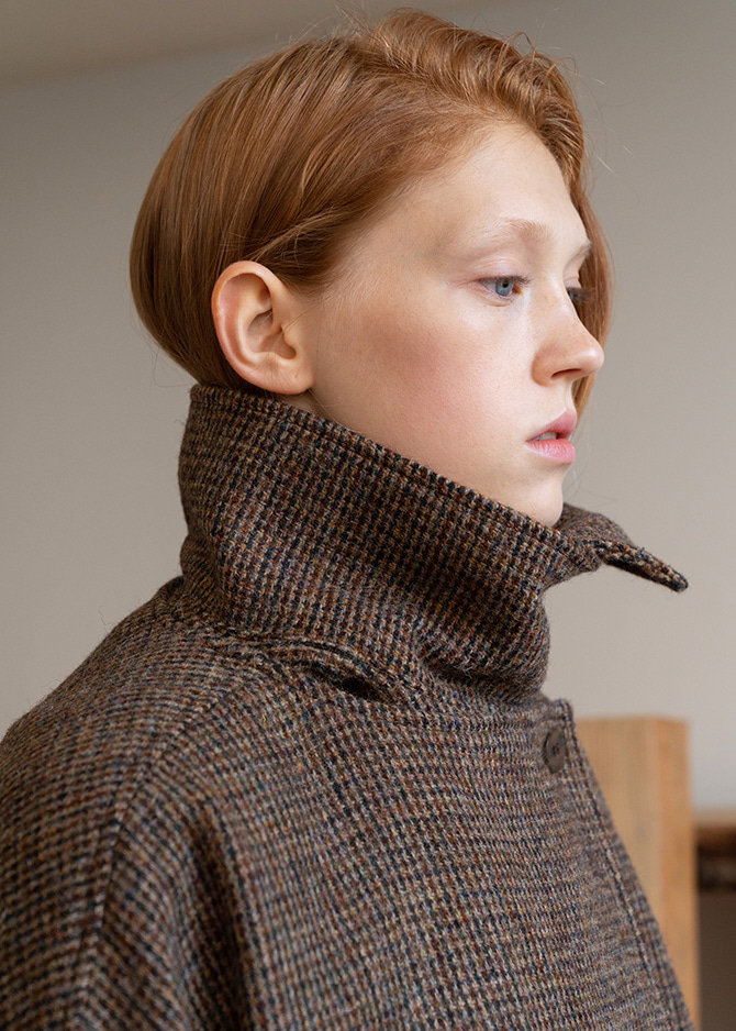 917 Harris Tweed Detachable Collar Half Coat