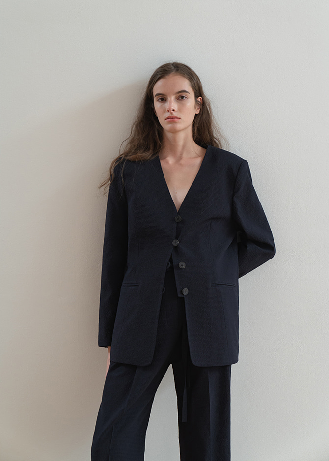 917 Seersucker Collarless Jacket + Seersucker Belted Tuck Pants (Set-up)